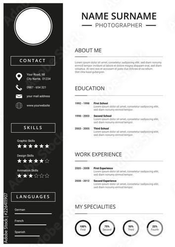 Fotografie, Obraz  Lebenslauf Vorlage für Bewerbung, einfaches Design in schwarz und weiß mit Icons