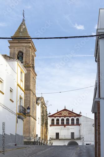 Iglesia de San Jorge y ayuntamiento del pueblo de Alcalá de los Gazules, municip Canvas Print