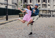 Couple Dancing In Sacre Coeur ...