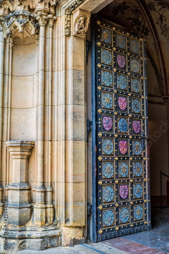 Staande foto Praag Prag, Vysehrad Kirchentür