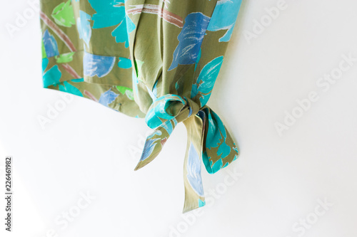 Poster Abstract bloemen Bow with woman casual close up.
