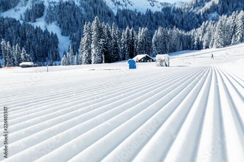 View of mountains and ski slopes in Austria Slika na platnu
