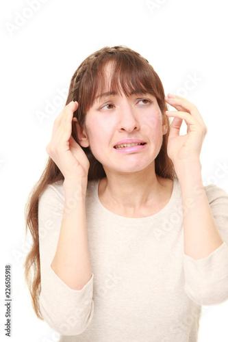 Fotografie, Obraz  幻聴に苦しむ女性