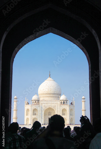 Fotobehang India 19 OCTOBER 2013, AGRA - INDIA. People visit Taj Mahal. UNESCO World Heritage Site, Agra, Uttar Pradesh, India, Asia