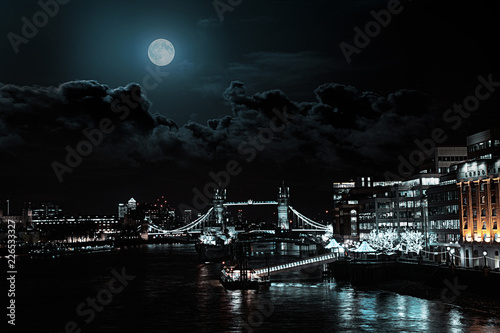 midnight in London Billede på lærred