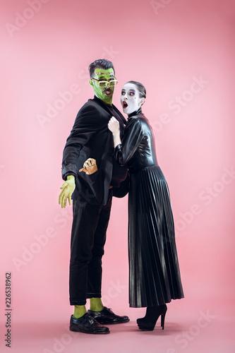 Valokuvatapetti Halloween Family