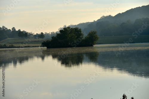 Foto op Aluminium Rivier Peaceful Waters