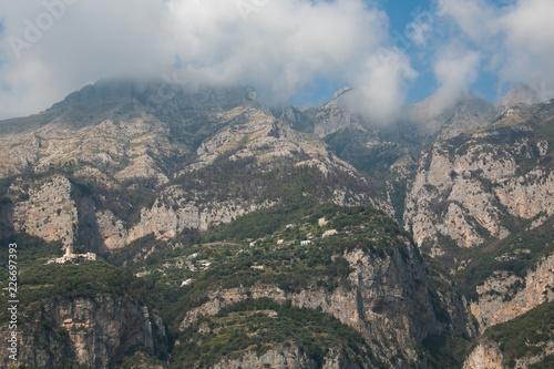 Villaggio di montagna sulla costiera Amalfitana