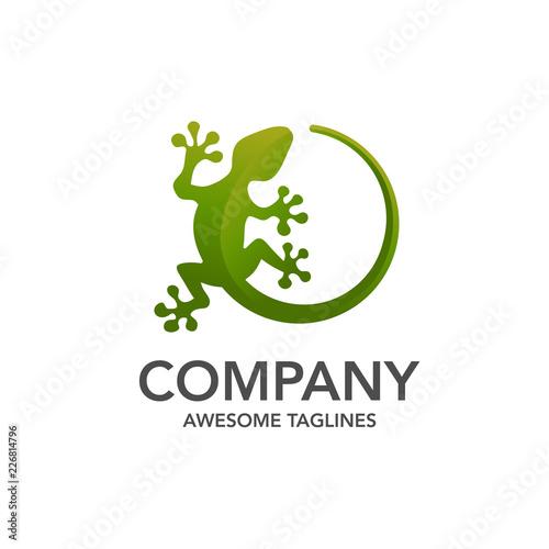 Fototapeta premium Jaszczurka wektor ilustracja logo szablon ikona designu, kreatywny wektor logo gekona