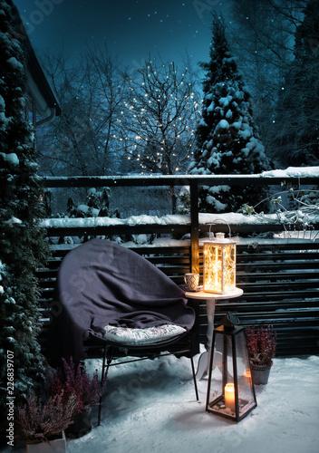 Foto-Leinwand ohne Rahmen - Winter garden evening Christmas vintage feeling (von Anterovium)