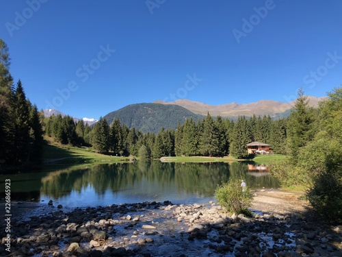 Photo lago di montagna montagne escursione gita relax baita monti montagne laghi natur