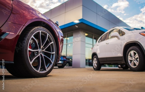 Fotografia, Obraz Automotive Dealership Store