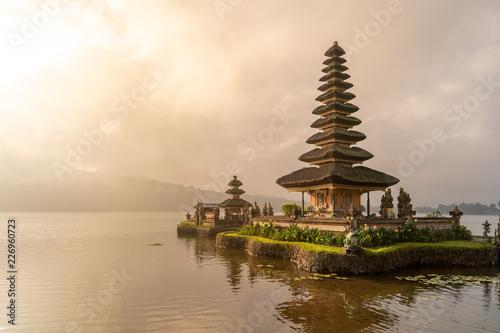 Spoed Foto op Canvas Bali pura ulun danu bratan temple in Bali