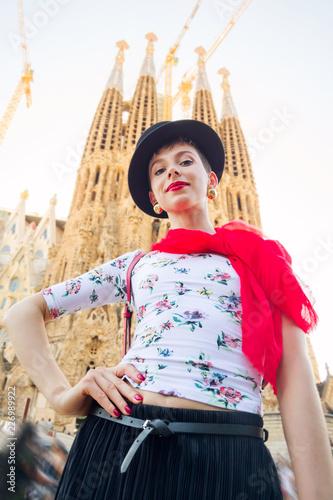 Fotografia  Tourism in Europe, woman tourist on the street of Barcelona