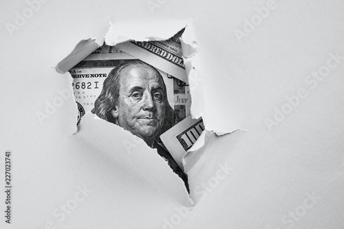 Cuadros en Lienzo Bill of one hundred dollars under holed paper