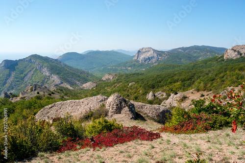 Fotobehang Pool Mountain landscape