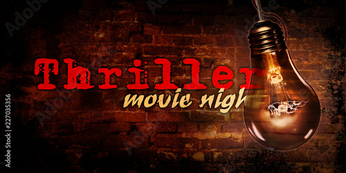 Fotografia  Thriller night with bulb background