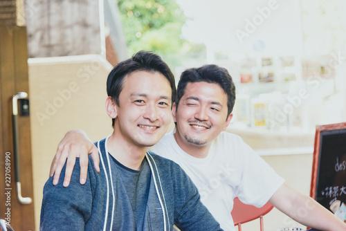 Photo  仲良し男性2人(同性愛・LGBT)