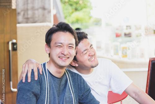 Fényképezés  仲良し男性2人(同性愛・LGBT)