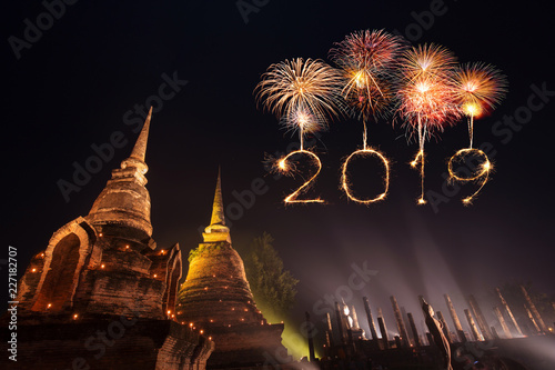 Fotografie, Obraz  2019 Happy new year firework Sparkle with Sukhothai park at night, Thailand
