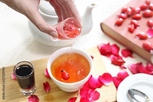 Herbata z dzikiej róży z sokiem owocowym  - Buy this stock
