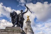 Victoria Memorial, London, England, UK.
