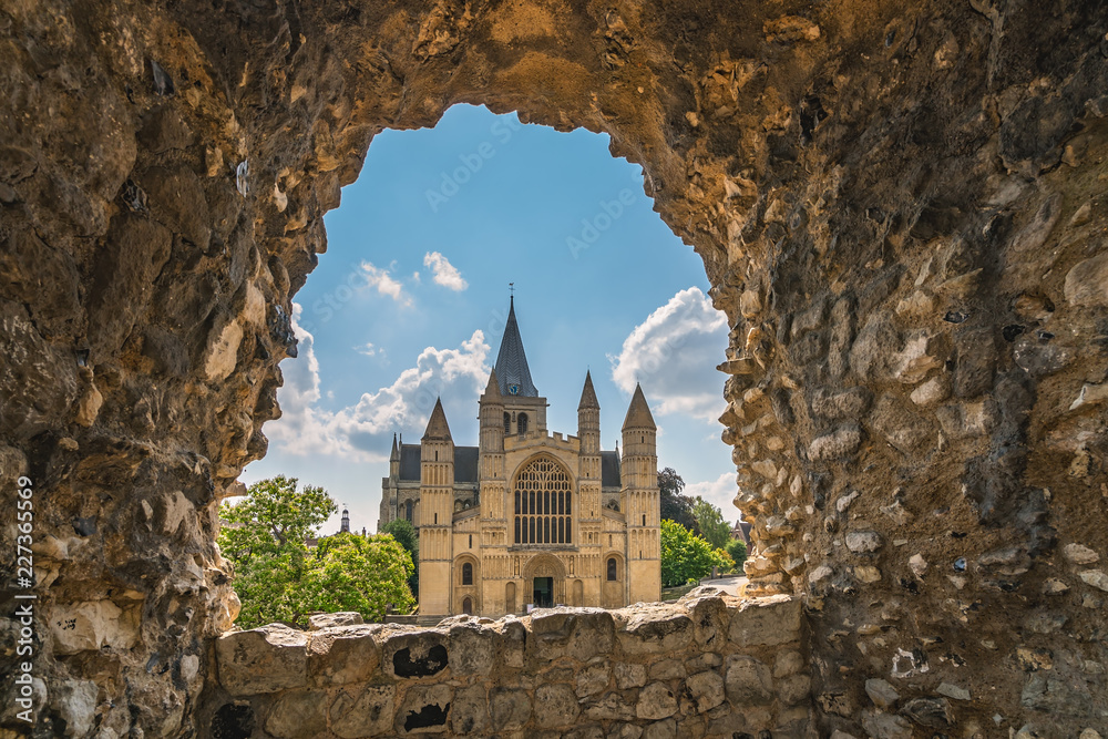 Fototapety, obrazy: View of the magnificent Rochester Cathedral