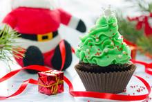 Christmas Tree Cupcake With Green Cream Frosting, Beautiful Chocolate Cake Shaped Fairy Christmas Tree