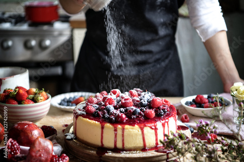 Keuken foto achterwand Dessert Fresh berry cheescake food photography recipe idea