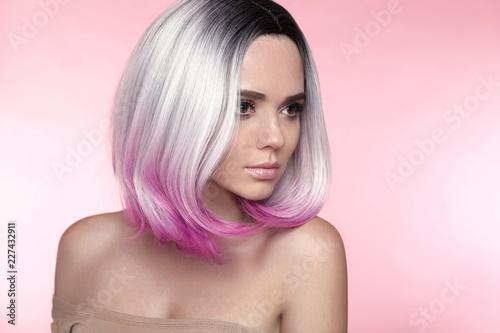 Ombre bob short hairstyle Fotobehang