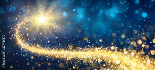 Christmas Golden Star In Shiny Night Wallpaper Mural