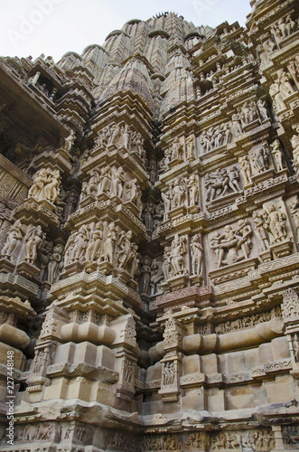 LAKSHMANA TEMPLE, North Wall - Mandapa and Sanctuary