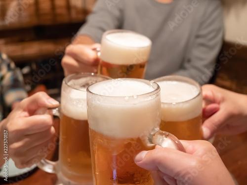 Spoed Foto op Canvas Bier / Cider ビール・乾杯