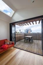 Architect Designed Loft Apartm...