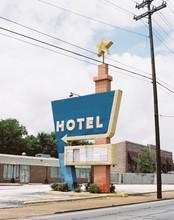 Vintage Hotel Vacation Sign Roadside Usa