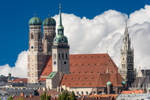 Cityscape Of Munich - Cathedral - Church Of Saint Peter - New Town Hall - Germany