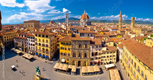 Foto op Canvas Florence Florence square and cathedral di Santa Maria del Fiore or Duomo view