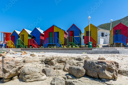 Poster Afrique du Sud Colourful change rooms on the beach