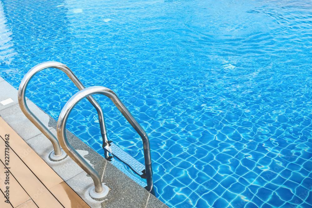 Fototapety, obrazy: sunshine on swimming pool
