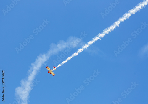 Acrobatic exhibicion in flight