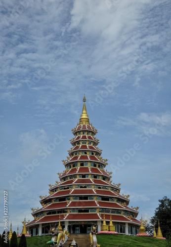 Deurstickers Bedehuis multi layer temple and dragon