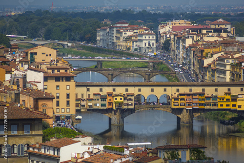 Keuken foto achterwand Florence Aerial view of Firenze (Florence), Italy, with the bridges over the river Arno. Ponte Vecchio.