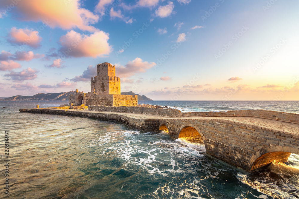 Fototapety, obrazy: The Venetian Fortress of Methoni at sunset in Peloponnese, Messenia, Greece
