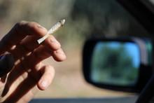 Fumer Au Volant : Infraction Au Code De La Route