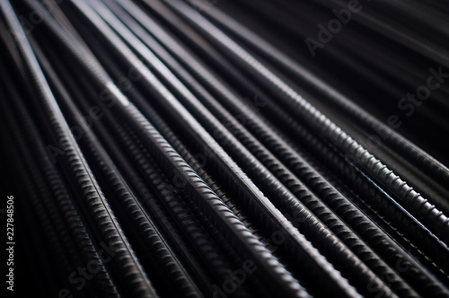 Fotografia closeup of hard rods division rebars, used on stacked construction concrete background