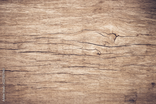 Fotografía  Top view brown wood with crack, Old grunge dark textured wooden background,The s