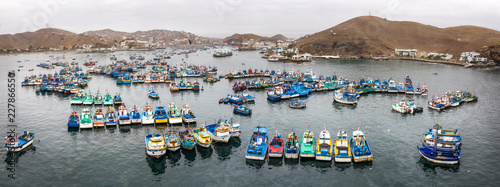 Poster Cappuccino Fisher boats in the harbor. Pucusana, Lima, Peru.