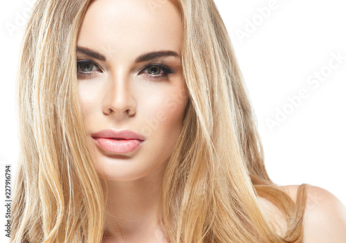 Fototapety, obrazy: Blonde woman beautifu; eyes and makeup cosmetic concept beauty lips and hairstyle