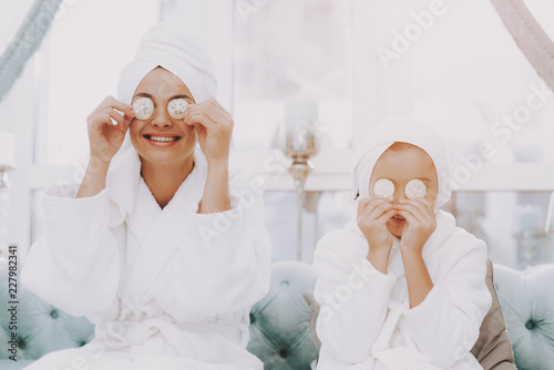 Poster Spa Spa Day for Smiling Happy People in Beauty Salon.