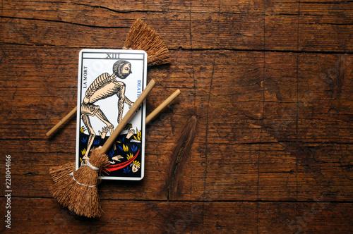 Valokuva  Tarocchi Tarots  Tarot קלפי טארוט タロット ft81093210 divinatoire
